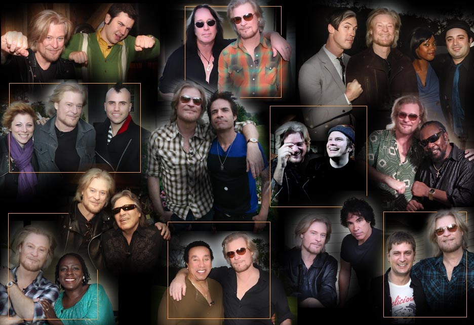 For a photo of Daryl Hall with all of the guest artists from the show